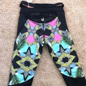 Pants - Workout tights knee length